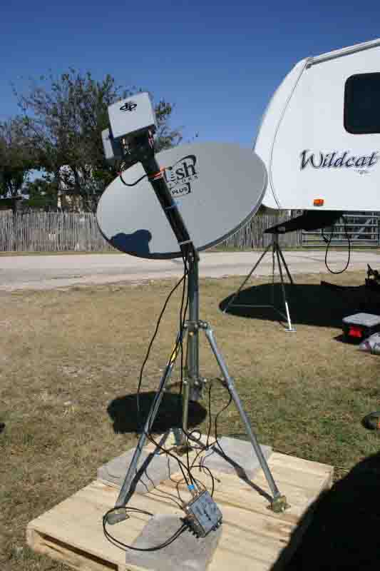 Satellite TV and your camper-dish4trailer.jpg