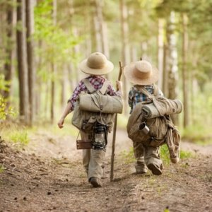Ten Easy Ways to Keep Your Kids Occupied on a Camping Trip